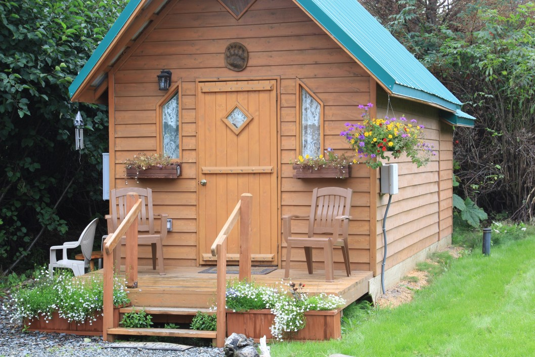 How to Downsize for a Tiny House