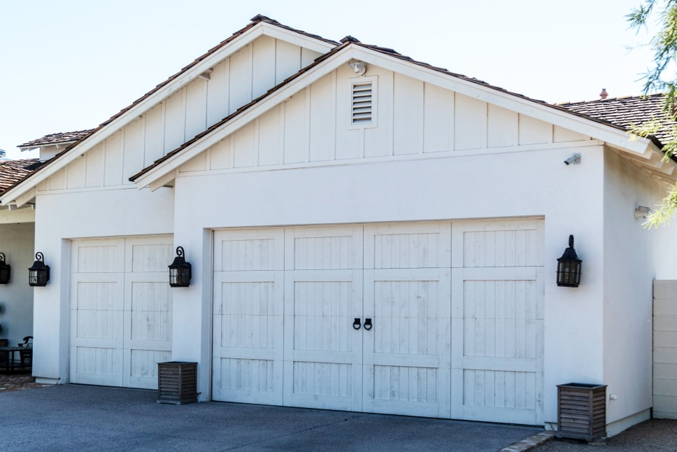 Should I Add Onto My Garage or Build a New Detached Garage?