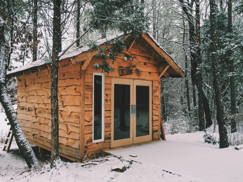 3 Ways a Shed is A Big Help to Your Yard in Cold Weather